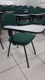 Cadeira universitária/escolar com prancheta