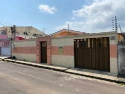 Vendo Ampla Casa no Dom Pedro - 120 m² - 4 dormitórios - R$ 350.000,00