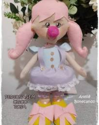 Boneca Circo Rosa em feltro sob encomenda