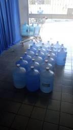 20 garrafão vazios