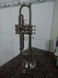 Trompete Bb - R$ 200,00