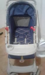 Vende-se um carro de bebê