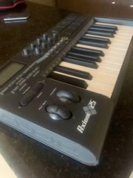 Teclado MIDI M-Audio Axiom 25