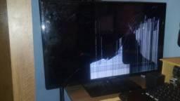 TV Monitor LED 27,5? HD Samsung LT28D310 Quebrado Com Controle Original