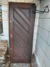 Duas Portas de Madeira Itaúba