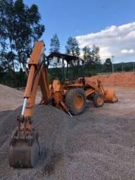 Retro escavadeira caser 580E