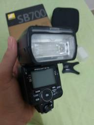 Flash Remoto Nikon SB 700