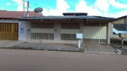 Casa no Conj. Jamari - no bairro 03 Marias