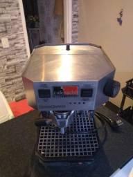 Máquina Italian Coffee Robocoffee