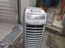 Climatizador de ar Eletrolux.