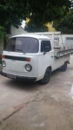 Kombi com carroceria