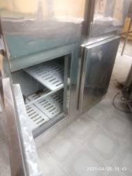 Geladeira inox 4 portas