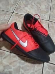 Tênis futsal Nike Phantom original. pra vender logo!!