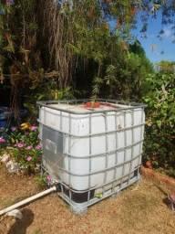 Caixa reservatório,  1000 litros