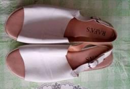 Sandalia branca feminina
