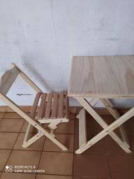 Mesa de boteco com duas cadeiras
