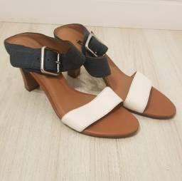Sandália de tiras grossas - 36
