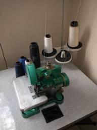 Máquina de costura overloque com mesa 600,00 DIVIDO NO CARTÃO DE CRÉDITO!
