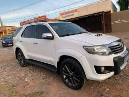 Toyota Hilux SW4 7lugares