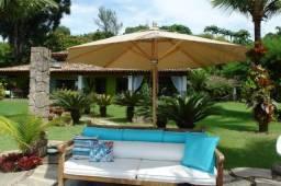 Mansão de luxo de frente para praia dentro de condomínio em Angra dos Reis