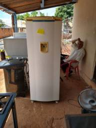 Geladeira consul 580 reais