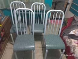 Mesa de ferro com tampo de granito + 4 cadeiras