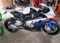 Vendo Excelente moto BMW S 1000 rr  a vista ou parcelado