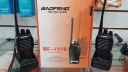 KIT RADIO TRANSMISSOR E COMUNICADOR BAOFENG BF-777S.