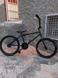 """Bicicleta Aro 20 """"BMX"""" Recém reformada"""