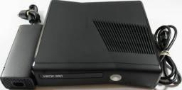 Xbox 360 Slim com defeito