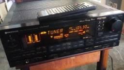 Receiver Pioneer VSX-9700S usado com controle remoto