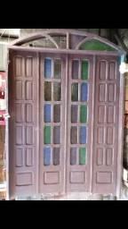 Porta de madeira Paraju para entrada na sala