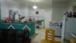 Vendo casa de esquina R$210.000,00