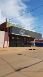 Aluga um salao comercial na avenida principal do parque do sol