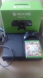 Xbox one fosco 500gb gta 5 e um controle original p2 na caixa NÃO TROCO