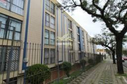 Apartamento de três dormitórios e duas vagas no Guaíra