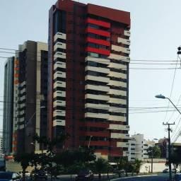 Apartamento no Ed. Costa Rica Renascença