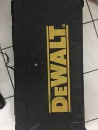 Rompedor Dewalt 10 kg D25901-B2