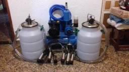 Vende-se Odenhadeira motor Lynus de 300 litros com 2 tarros