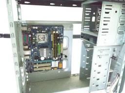 Vendo um kit de computador Core 2 Duo semi-novo