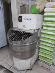 Masseira De Padaria/Pizzaria p/ 65 quilos de farinha