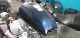 Tanque Intruder 125