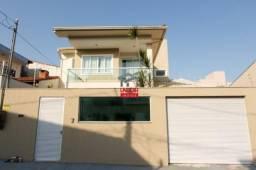 Casa duplex em Morada de Laranjeiras com área gourmet e energia solar