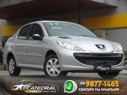 Peugeot 207 Sedan Passion XR 1.4 Flex 8V 4p 2011/2011