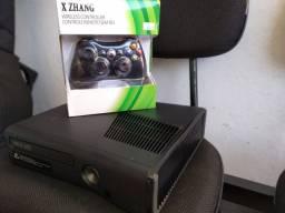 Xbox 360 com jogos de brinde