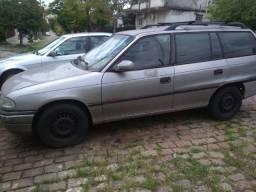 Chevrolet Astra MPFI 2.0 GLS