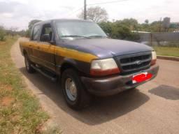 Ranger 2.5 e GLS ano 2000 4 cc