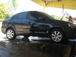 Vendo Polo Sedan 2012/2013 com vistoria caltelas! - 2012