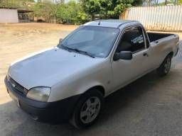 Courier 2008 - R$ 16.000