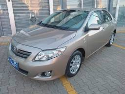 Corolla xli 1.8 automatico carro para clientes exigentes financio confira
